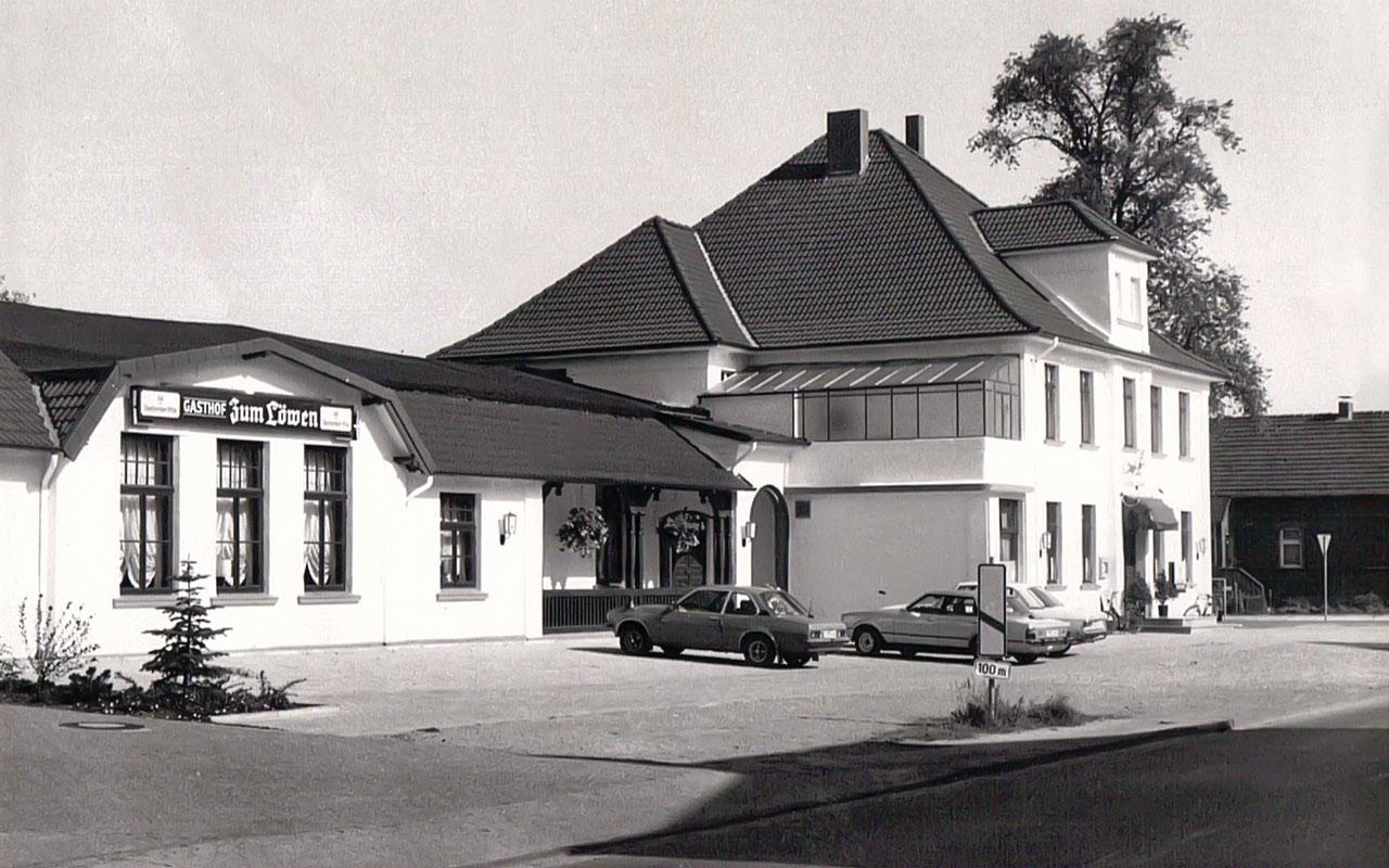 """The hotel """"Zum Löwen"""" is built"""